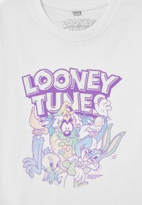 Mister Tee - LOONEY TUNES RAINBOW FRIENDS TEE UNISEX - Print T-shirt - white - 2