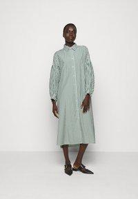 WEEKEND MaxMara - RAGAZZA - Shirt dress - gruen - 0