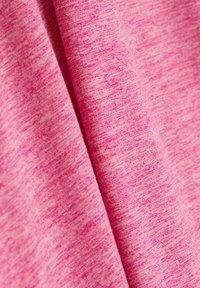 Esprit Sports - CURVY MELANGE - Basic T-shirt - pink fuchsia - 4