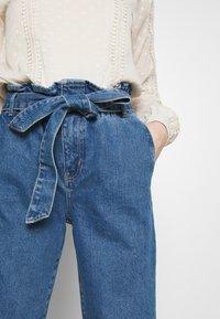 ONLY - ONLJANPAPERBAG BELT - Jeans slim fit - dark blue denim - 3