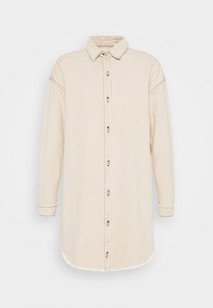 CONTRAST STITCH DRESS - Robe chemise - sand