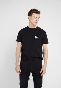 Bricktown - SMALL STORMY CLOUD - T-Shirt print - black - 0