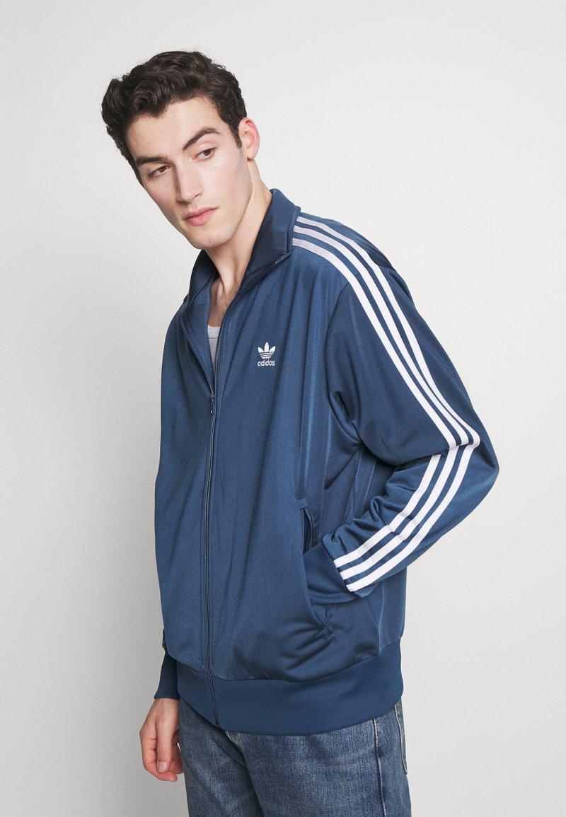 adidas Originals - FIREBIRD ADICOLOR SPORT INSPIRED TRACK TOP - Training jacket - marin