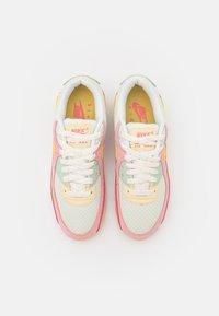 Nike Sportswear - AIR MAX 90 - Joggesko - sea glass/saturn gold/pink salt/seafoam - 5