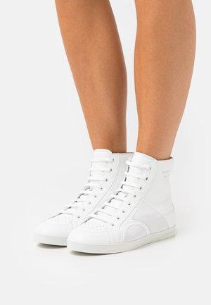 SKYE - Vysoké tenisky - beige/white
