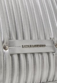 KARL LAGERFELD - KUSHION FOLDED TOTE - Tote bag - silver - 6