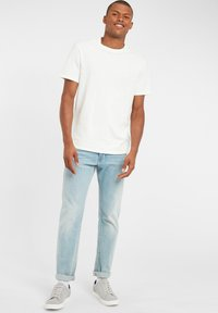 O'Neill - TEES S/SLV OLD SCHOOL - Basic T-shirt - powder white - 1