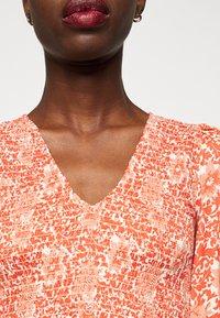 YAS Tall - YASDAMASK LONG DRESS - Robe longue - whisper pink - 5