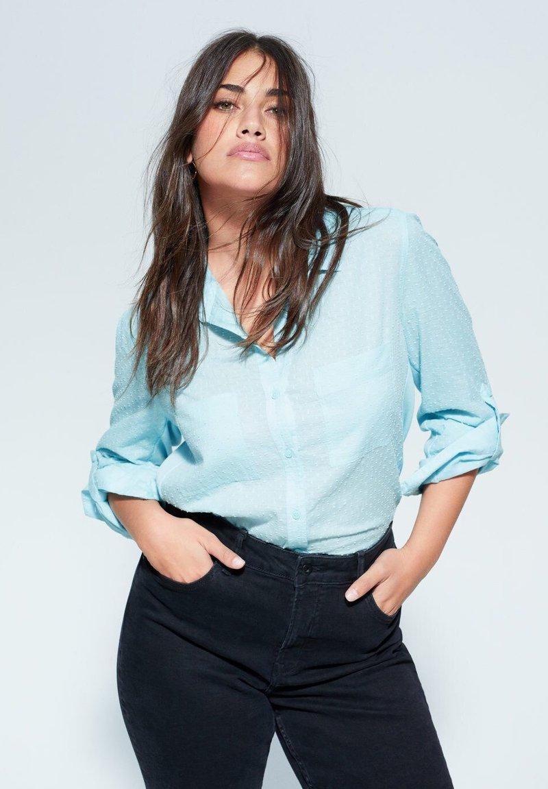 Violeta by Mango - PLANAF6 - Button-down blouse - himmelblau