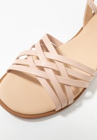 KIOMI Wide Fit - Sandals - nude - 2