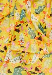 Esprit - FLOWERINFIN - Foulard - bright yellow - 1