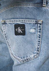Calvin Klein Jeans - DAD - Relaxed fit jeans - blue - 4