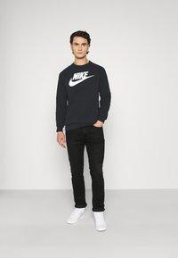 Nike Sportswear - MODERN - Sweatshirt - black/white - 1