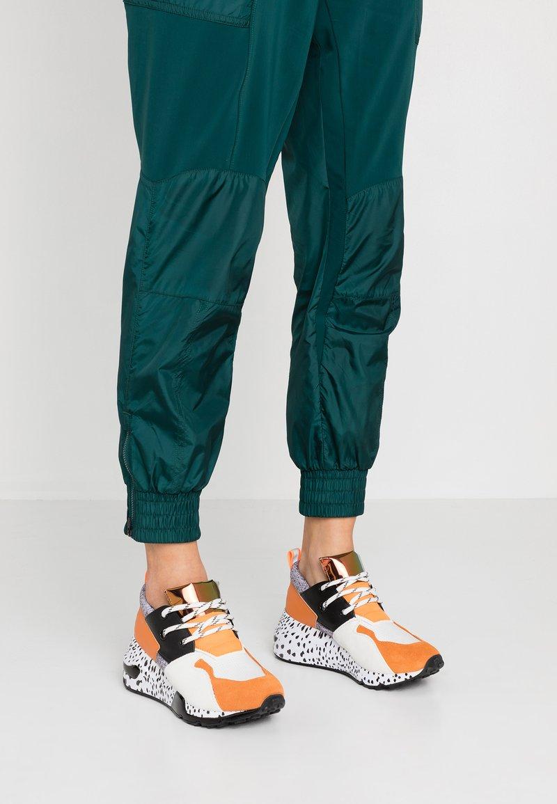 Steve Madden - CLIFF - Sneakers - orange