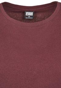 Urban Classics - EXTENDED SHOULDER TEE - Camiseta básica - redwine - 7