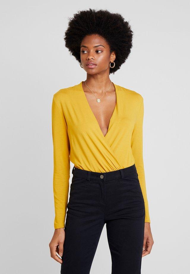 WRAP - T-shirt à manches longues - amber yellow
