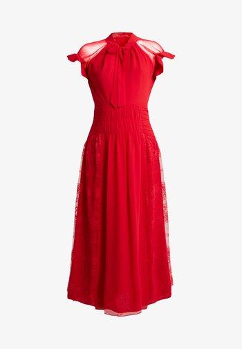 CENTIFOLIA DRESS - Cocktailkjole - scarlet red