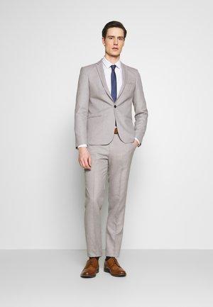 PRIZE SUIT - Kostym - grey