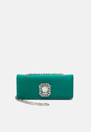 CAROLINE ELONGATED - Clutch - bright green