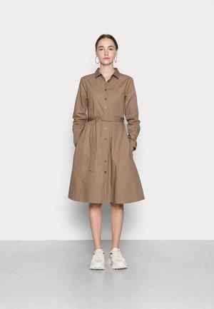 SARAH - Shirt dress - caribou