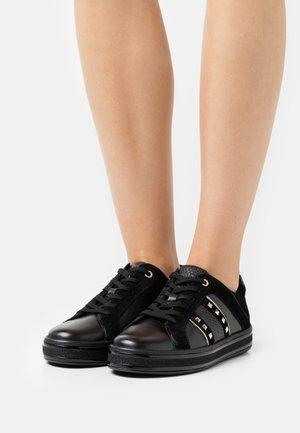 LEELU - Sneakers basse - black
