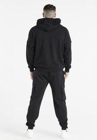 SIKSILK - SPACE JAM LOGO HOODIE - Sweatshirt - black - 2