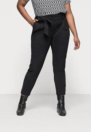 CARCAROLINUS BELT PANTS - Kangashousut - black