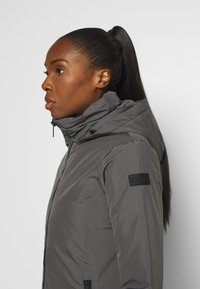 CMP - WOMAN JACKET FIX HOOD - Kurtka zimowa - dust - 3