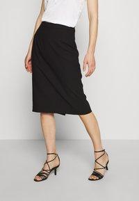 IVY & OAK - PENCIL SKIRT - Pouzdrová sukně - black - 0