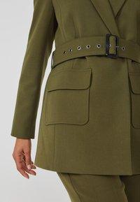 Aaiko - LARISE WO 577 - Short coat - dark olive - 3