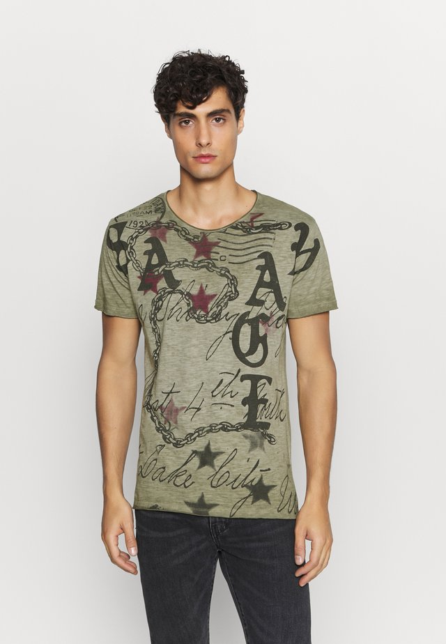 SAVAGE ROUND - Print T-shirt - green