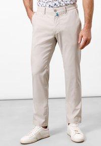 Pierre Cardin - LYON - Chinos - light beige - 0