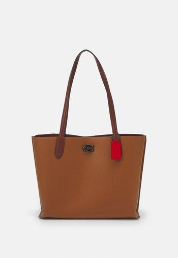 SIGNATURE INTERIOR WILLOW  - Handbag - saddle