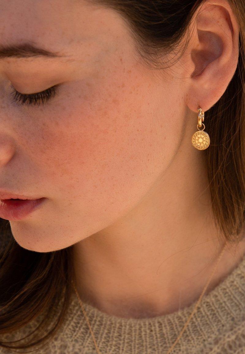 Violet Hamden - Earrings - gold