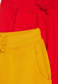 Friboo - 5 PACK - Tracksuit bottoms - red/light grey/ochre - 3