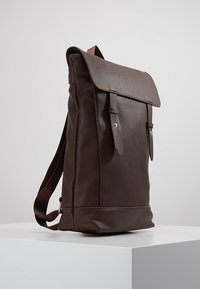 KIOMI - Rucksack - dark brown - 3