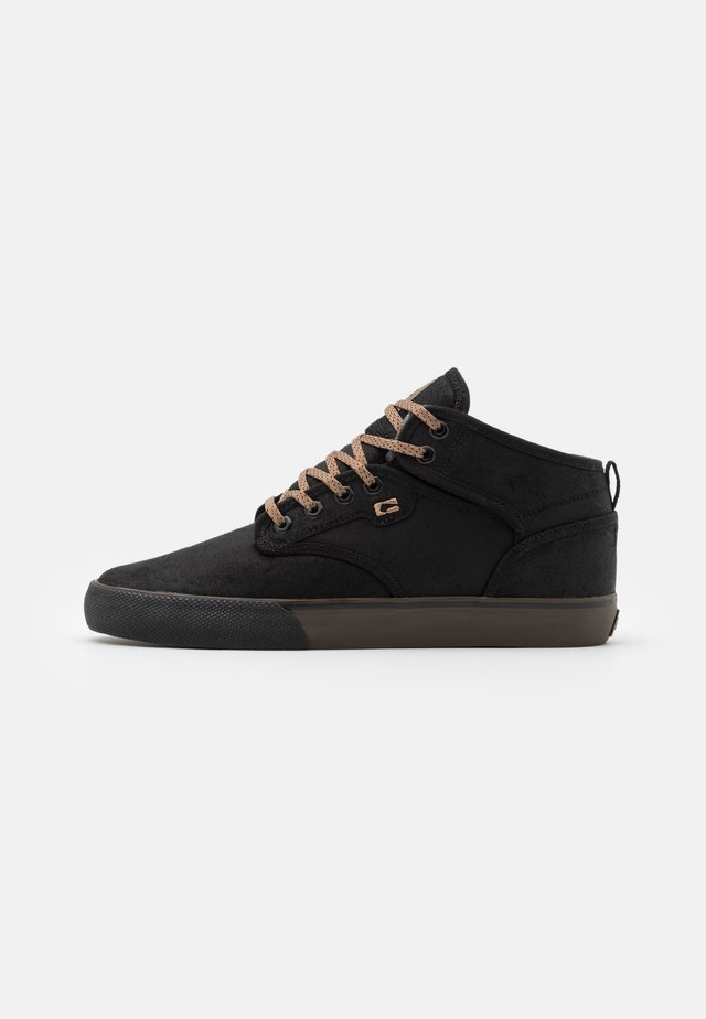 MOTLEY MID - Skateboardové boty - black/brown/winter