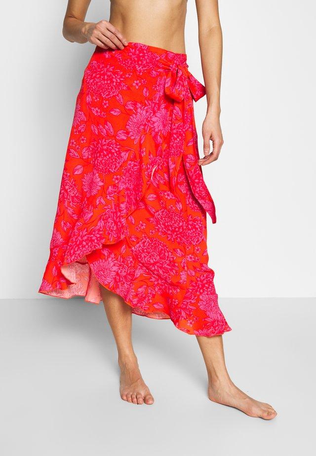 Strand accessories - pink