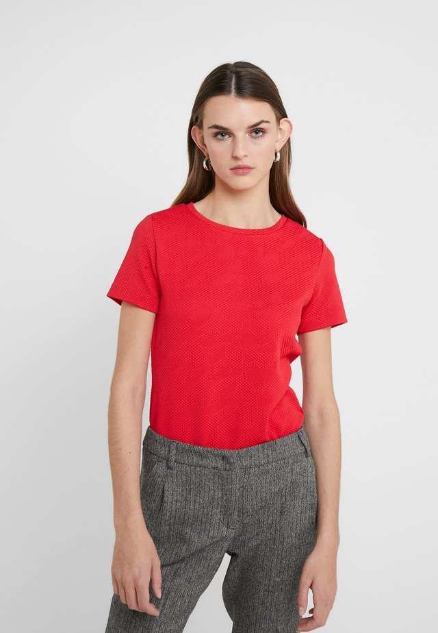 DINORE - Print T-shirt - bright red