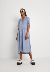 Monki - Maxi dress - light blue - 1