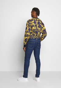 Versace Jeans Couture - MILANO ICON - Jeansy Slim Fit - indigo - 2