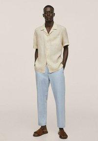 Mango - BOWLING REGULAR-FIT  - Shirt - beige - 1