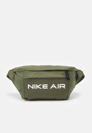 AIR TECH UNISEX - Bum bag - medium olive/cargo khaki/white