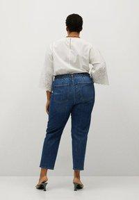 Violeta by Mango - PAPERBAG - Straight leg jeans - dunkelblau - 2