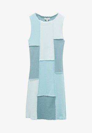 MIT SICHTBAREN NÄHTEN - Day dress - light blue