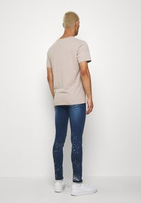 Good For Nothing - RIPPED WITH PAINT SPLATTER - Skinny džíny - blue - 2