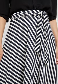 edc by Esprit - MIDI SKIRT - A-line skirt - navy - 4