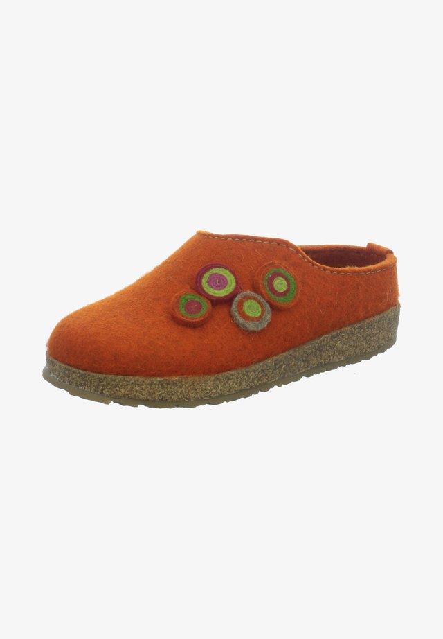 Clogs - orange