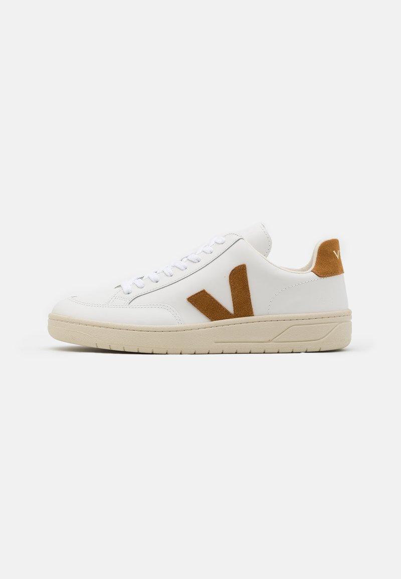 Veja - V-12 - Baskets basses - extra white/camel