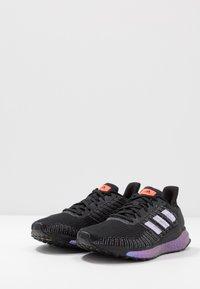 adidas Performance - SOLAR BOOST 19 - Chaussures de running neutres - core black/purple tint/solar red - 2